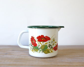 Enamel Milk Pot with flowers pattern and green rim - Vintage countryside style, scandinavian style - Vintage enamel, vintage kitchen