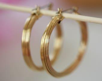 Goldtone vintage hoop earrings