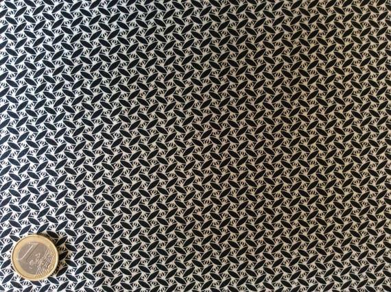Japanese printed cotton poplin sold per 25cm, black/beige japanese print