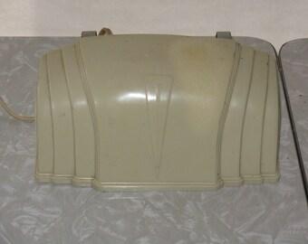 Vintage plastic headboard bed lamp bakelite?