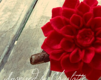 red dahlia brooch in felt