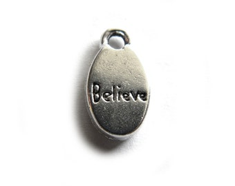 10 Silver Believe Charms - 15mm