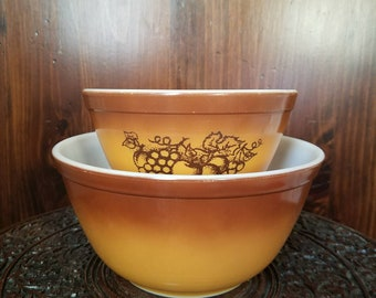 Vintage Pyrex 401 & 402 Old Orchard Milk Glass Mixing Bowl Set of (2)
