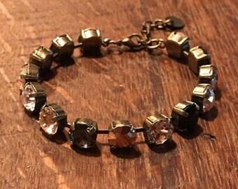 Cyber Monday-  8.5mm mixed neutrals bracelet