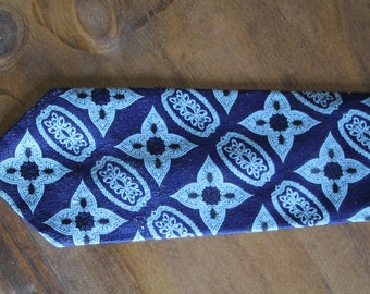 Great Vintage Tie for Father's Day!  Navy Blue 1970s Wide Tie with Geometric Design, Retro Necktie