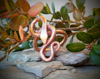 Copper Snake Ring / Rustic Hammered Copper Snake Ring / Size 9 1/2 Copper Ring / Copper Rod Snake Ring / Copper Jewelry