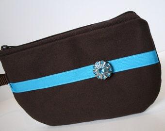 Brown Canvas Fabric Wristlet, SmartPhone Wristlet, Zippered Wristlet, IPhone Wristlet