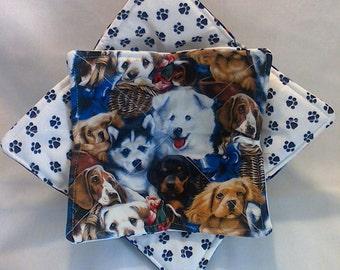 2 piece dogs & paws bowl buddy set
