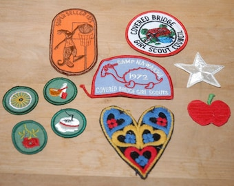 Vintage Girl Scout Badges - Girl Scout Patches - Merit Badge