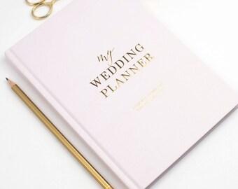 Light blush wedding planner book, engagement gift for brides, wedding scrapbook, gift for brides, wedding checklist, wedding organizer