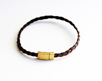 Leather bracelet in brown