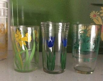 Three Vintage Swanky Swigs Small Juice Glasses