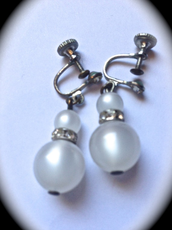 White frosted crystal, screw back earrings