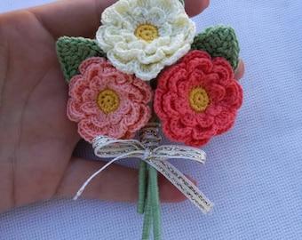 Small crochet bouquet
