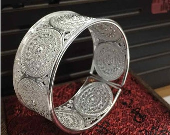 Large Traditional Miao Ethnic Bracelet – Pure Silver 999