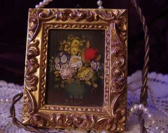 Beautiful Vintage Floral Oil Painting Signed with Gild Frame