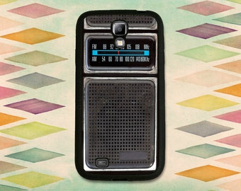Old Transistor Radio Case For The Samsung Galaxy S4 or S5