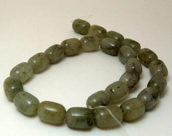 Strand of Green Quartz Nugget Gemstones 16mm x 12mm (186)
