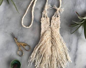 Niema Necklace//Fiber Jewelry//Woven