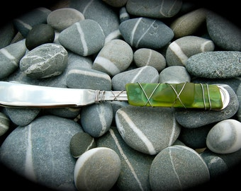 """Sea Glass Cheese Knife made with Recycled Bottle """"Tumbled Island Glass""""  in Grass Green color combination. Dishwasher safe Stainless Steel"""