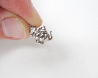Teapot charm, Sterling Silver bracelet charms of a vintage teapot