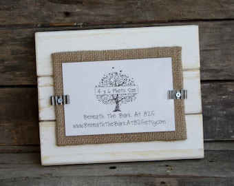 Picture Frame - Holds a 4x6 Photo - Distressed Wood - White & Burlap