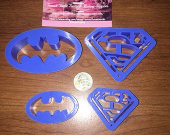 4 piece superhero batman & Superman cookie cutters