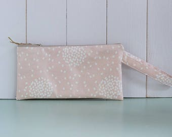 Junko-waxed cotton clutch bag with knob