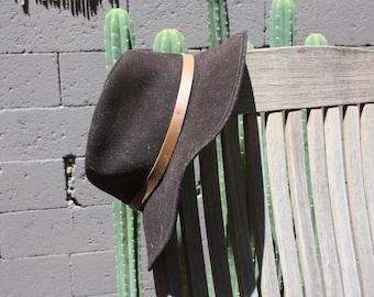 Felt brown hat