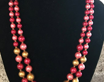 1950s Double Strand Beaded Aurora Borelis Red Pink light pink Gold Necklace