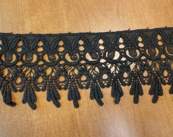 "Lovely 4.25"" Wide Rayon Venise Lace Trim in Black (1 yd)"