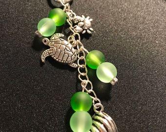 Beach keychain // sea turtle keychain // seashell keychain // green and white keychain // under the sea //blue and brown // starfish