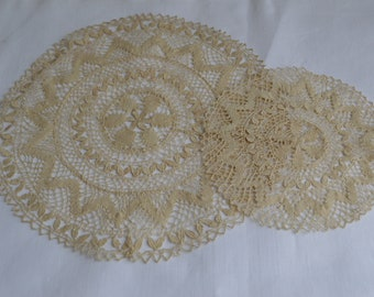 Vintage Luncheon Set of mats made of Maltese Lace