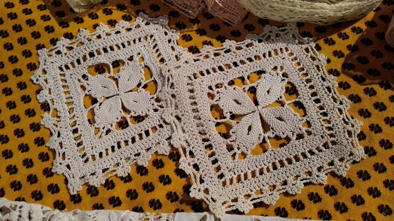 2 Antique Square Doilies Hand Crocheted French Cotton Coasters Sewing Projects  #sophieladydeparis