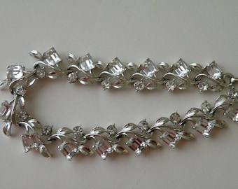 Lisner Silver Leaves with Clear Rhinestones necklace.