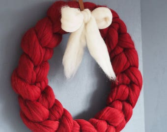 Chunky Knit Christmas Wreath