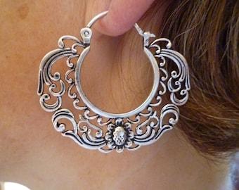 Vintage romantic Paris earrings