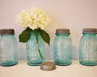 Vintage Ball Mason Jar - Medium
