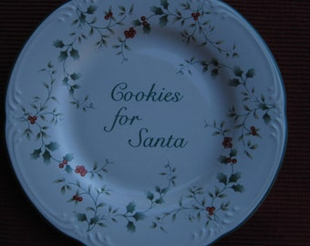 "Pfaltzgraff, Cookies for Santa Plate, Winterberry Plate, 8"" Plate"