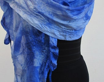 Silkshawl, wrap, in- and outdoor wear
