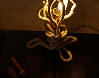 Rope lamp | Customizable floor, wall or table lamp | Industrial Lighting | Edison 40W globe bulb