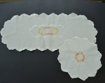 Vintage Doily Set White with Orange and Yellow Embroidered Flowers and Sclloped Edge