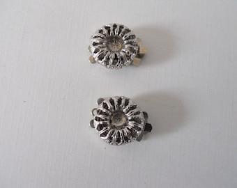 Pair Vintage 1 Strand Silver Filigree Clasps