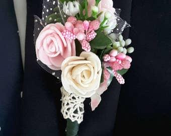 Pink boutonniere, Pink flowers boutonniere,  Pink wedding, Prom boutonniere