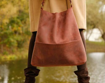 Genuine leather hobo bag with regulated handle - mat leather shoulder bag