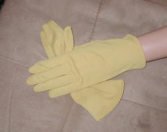 Vintage 1950's marigold color Dress Gloves
