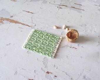 1:12 1/24 Dollhouse Miniature Doll House Rug, Small Green White Artisan Woven Bath Mat, Kitchen Mat, Beach Cottage Rustic Decor Furniture