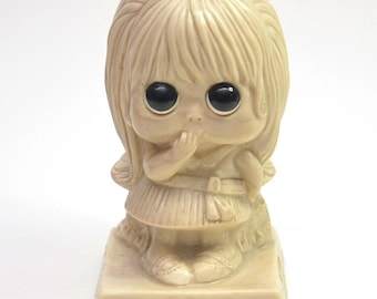 "Vintage ""I Think You're Nice"" Doll-like Statuette Russ Berries 1970 Margaret Keane Susie Sad Eyes Soul Sister Hippy Mod"