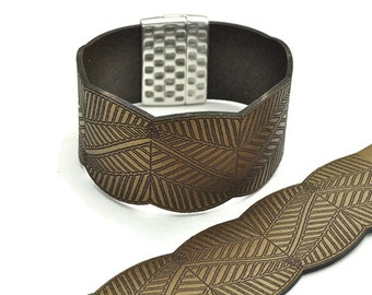 """30MM Embossed Leaves Leather Strap - 8""""/20CM - Bronze - High Quality Leather Qty. 1"""