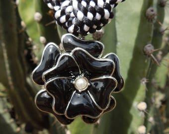 Kumihimo necklace black flower